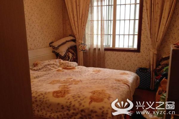 新世纪豪华装修房屋出售